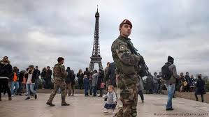 paris martial law 1